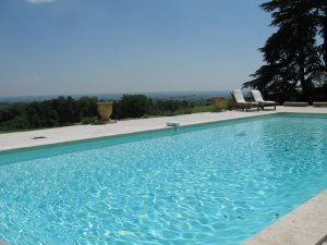4 star bed and breakfast La Bourdonniere in Beaujolais (France)